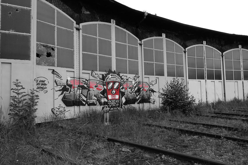 Abandoned Buildings Arhitecture Bahn Bahnanlage Damaged Day Fabrik Factory Graffiti No People Railroad System Verlassene Gebäu Discover Berlin
