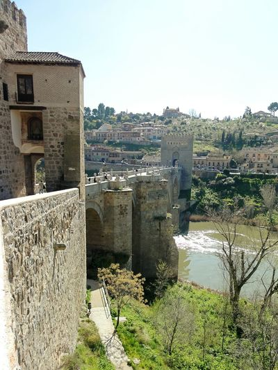 España Toledo Puente De San Martin Walking Around Travelling Valley