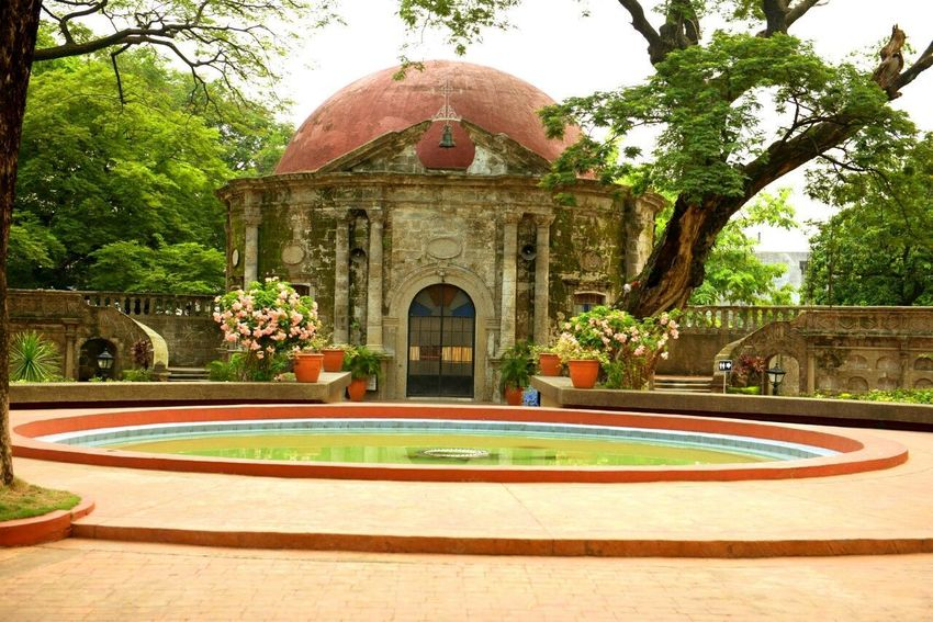 Paco Park Manila, Philippines Fountain Built Structure Architecture Building Exterior Church Historic EyeEmNewHere