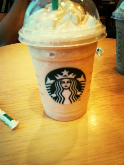 Starbucks C;