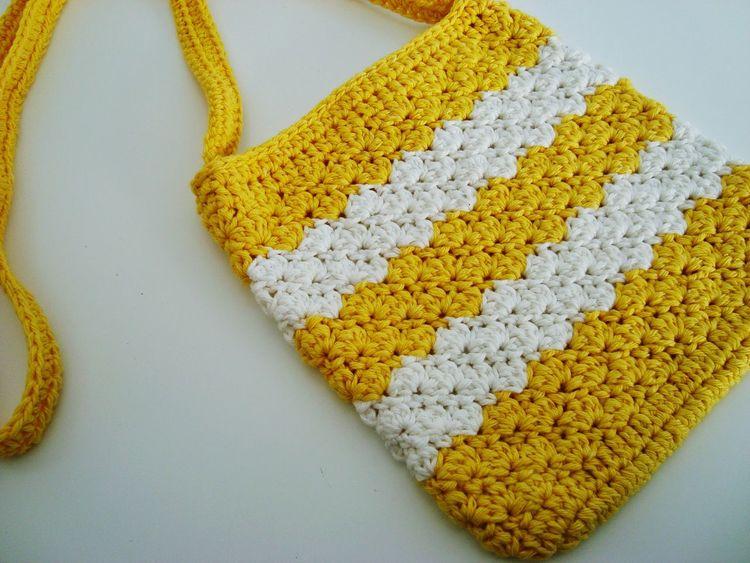 Bolsos Bolsos Que Enamoran Groc Ganchillo DIY Handmade Creativity Crocheting Is My Hobby Crochetlove Crochet Crocheting Yellow Indoors  Food And Drink No People Food Healthy Eating Close-up