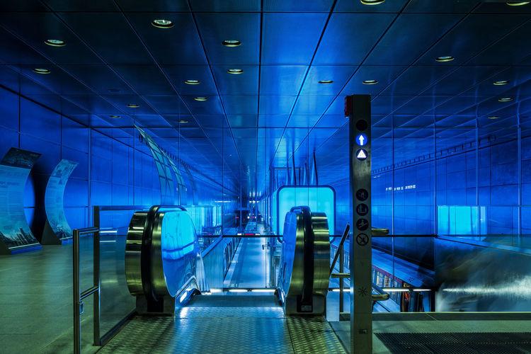 Escalator and staircase at hafencity universitat