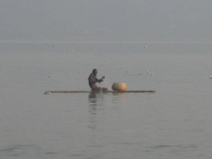 Africa Bosumtwi Lake Fisherman Ghana Kumasi Lake Bosomtwe Nature Tranquility Water