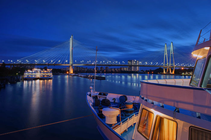 Nevabrücke bei Nacht SONY A7ii Nachtaufname Himmel Langzeitbelichtung Nachtaufnahme Brücke St. Petersburg, Russia Architecture Blue Bridge - Man Made Structure Built Structure City Connection Harbor Illuminated Mode Of Transport Moored Nature Nautical Vessel Neva Night No People Outdoors Reflection River Sky Suspension Bridge Transportation Travel Destinations Water Yacht