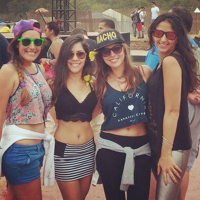 With the girlies!!! I am soooo happy I got to meet u all! Tomorrowworld2014 Amazingpeople