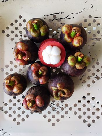 queen of fruits.. the mangosteen