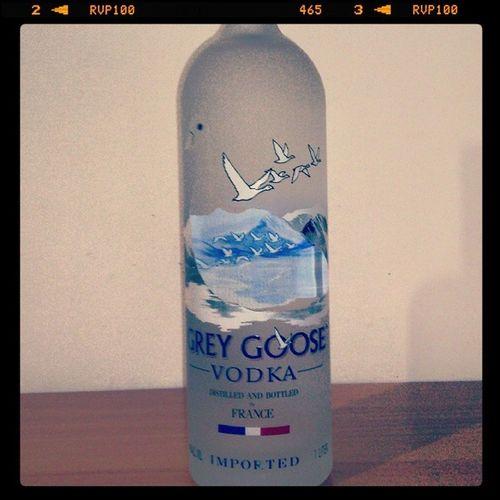 Bdaypresent Tonight We Drink cuzitsmybirthday thanks bro @edwardferreira9
