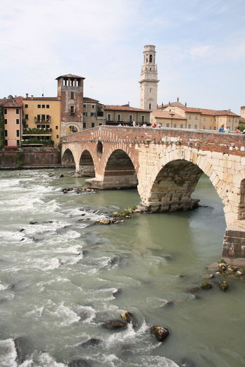Architecture WOW River City Water Beautiful Historical Building Italy Sky History City Lights Verona Day Old Buildings EyeEm Best Shots EyeEm Gallery Historic Building Outdoors Built Structure Travel Destinations Italian_city EyeEmNewHere EyeEmNewHere. EyeEm Building Exterior