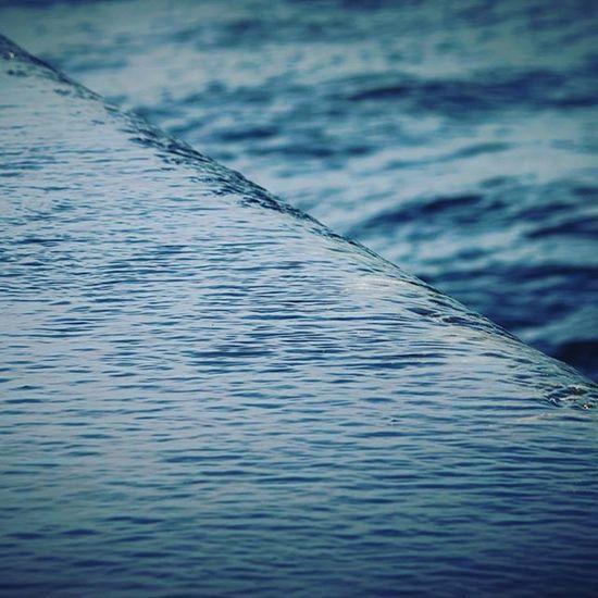 The sea heading for the sea. . Photo: Ale Silva - Foco Fixo © @focofixo_alesilva Photooftheday Photo Art Everydayusa Streetphotography UrbanART Composition Everydaybrasil Capture Instalike Moment Everydaylatinoameria Instacool Love Canon Instago Canon70d Canon_official