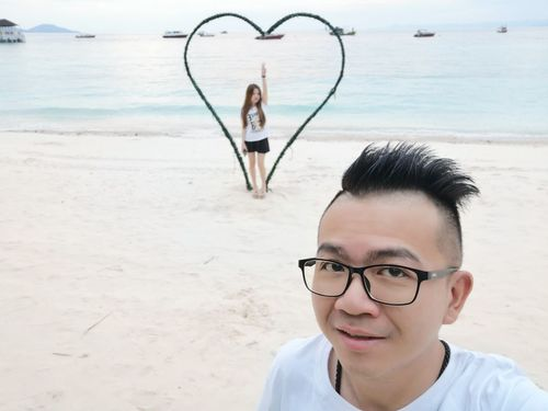 Do you marry me? EyeEm Selects Young Women Portrait Eyeglasses  Beach Looking At Camera Beauty Headshot Beautiful Woman Sea