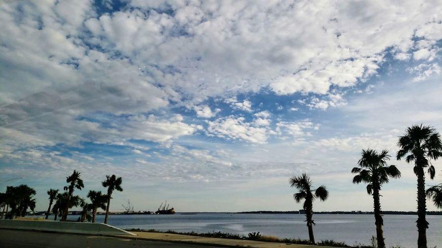 Tree Water Oil Pump Full Length Silhouette Lake Sky Cloud - Sky