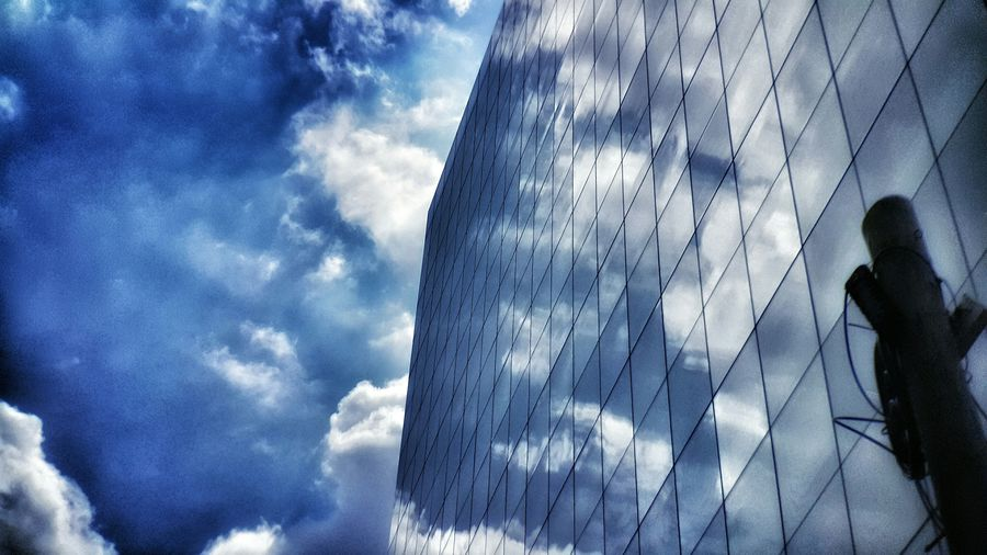 Cloudy Architecture Sky_collection Enjoying The View Alwaysamazed StayCurious Make Moments Moment Lens Moment Tele