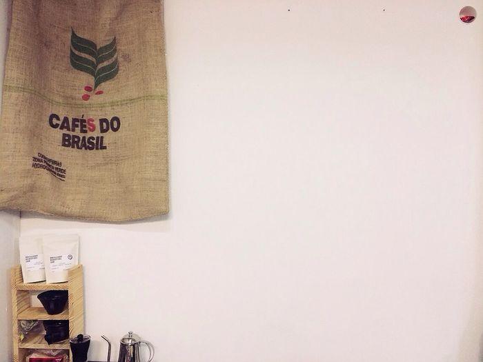 Caffeine Workshop 작업실에 작은 카페,