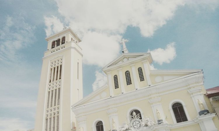 Church Manaoag Church Cloud - Sky Day Travel Destinations Religion Low Angle View Love Lovely View Peaceful Place God Is Great.
