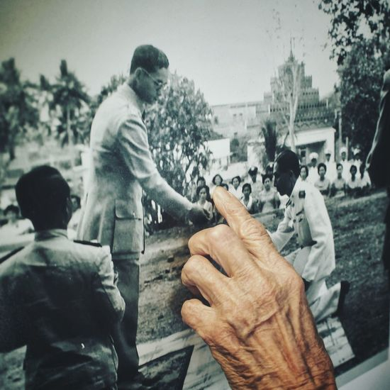 Flashback Old Photo The KING Of Thailand Memory of Old Hand