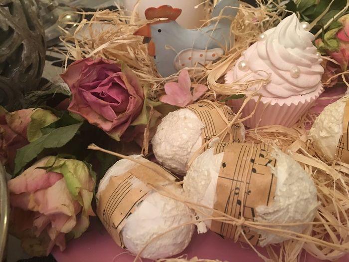 Osterdeko Dekoration Easter Full Frame No People Leaf Close-up Backgrounds Indoors  Freshness Day Deko Indoor