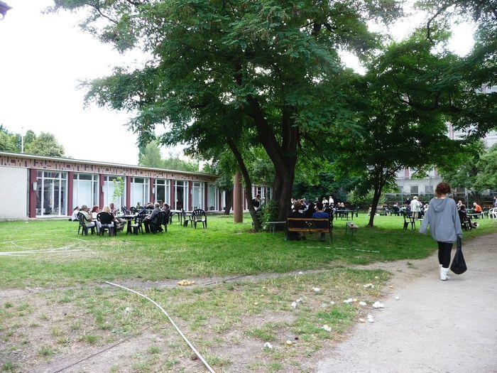 GERMANY🇩🇪DEUTSCHERLAND@ 2008 July Garden Weißensee Kunsthochschule Berlin-Weißensee People