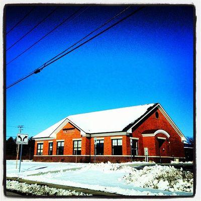 Snow, Red Bricks, Blue Sky #miltonvt #vt Architecture Money Winter Snow Bank Bricks Bluesky Niceday Vt Btv Vt_scenery Milton_vt Miltonvt Vt_scene