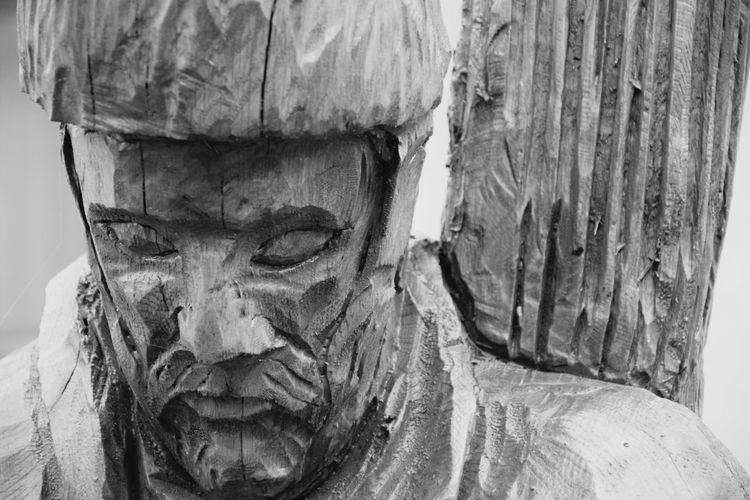 Dančo Wooden Sculpture Portrait Photography Focus On Foreground Blury Background Black And White Collection  Black And White Photography Black And White Portrait Belo Blato Zrenjanin Vojvodina Srbija