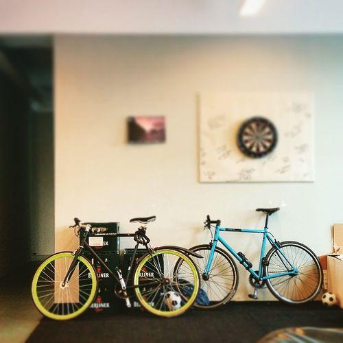 Bikestagram Fixieporn Hipsterswag Startuplife flatwhite berlin kreuzberg 🚲