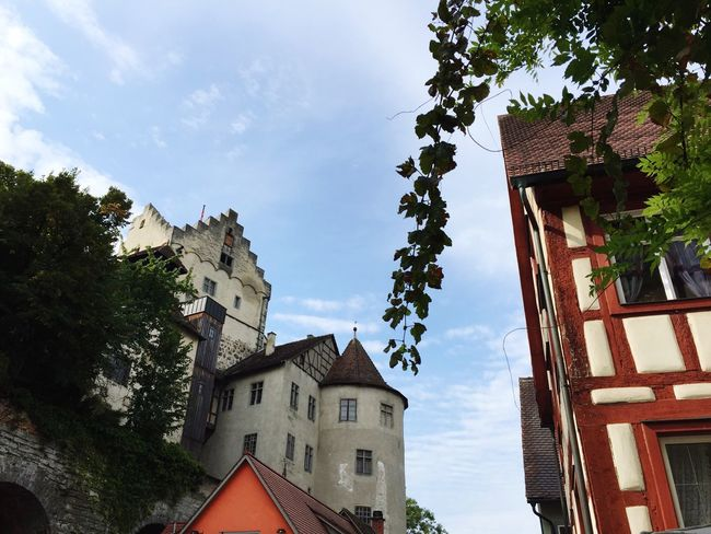 In the streets of Meersburg Meersburg Bodensee Bodenseeregion Germany Architecture Low Angle View Lookingup Houses Streetphotography Street Photography Deutschland The City Light