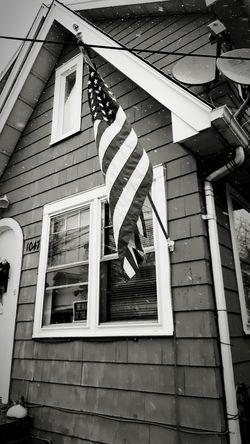 Neighborhood American Flag Typical House Galaxy Note 5 Smartphonephotography