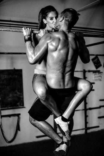 Couple Crossfit Dedication Exercise Kiss Love Nopainnogain Reebok Relationship Sport Training Workout Gym Fitness