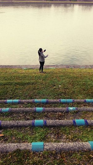Taiwan Style Sports Selife In The Afternoon Riverside What Are YOU Looking At? Take A Walk Nobody Fish
