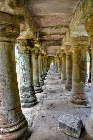 Ancient Ancient Civilization Arcade Archaeology Architectural Column Architecture Belief Building Built Structure Colonnade Corridor Day Diminishing Perspective History In A Row No People Old Old Ruin Place Of Worship Religion Solid Stone Material The Past Travel Destinations