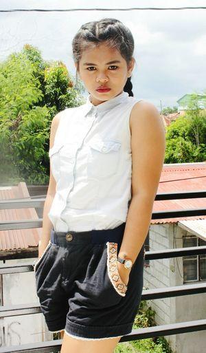 Casual Clothing Beauty PortraitPhotography Visualportraits Photographylovers EyeemPhilippines EyeEm Visualsoflife EyeEm Gallery Taking Photos Eyeemphoto Philippines The Week On EyeEem Front View Girls Portrait