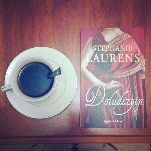 Kitap okumak herşeydir :)♡♡♡♡♡ Kahve Coffee Stephanie Laurens doludizgin tangled reins epsilon books love ınstagram photo