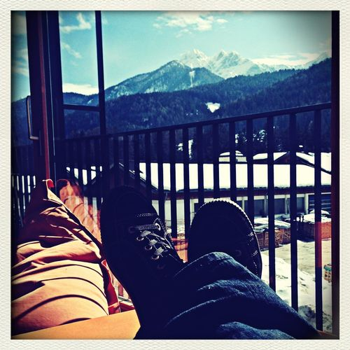 Chillin' @work Enjoying Life