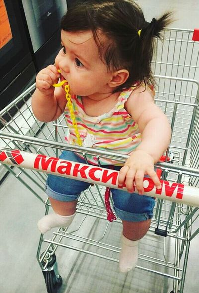 😊😻👶💕🐰⛅ Girls Child One Girl Only Childhood Sitting Withfriends Vacations City Life Happy Lifestyles Saint Petersburg Niece 💕 Family Let'sgo Happiness First Eyeem Photo Shopping ♡