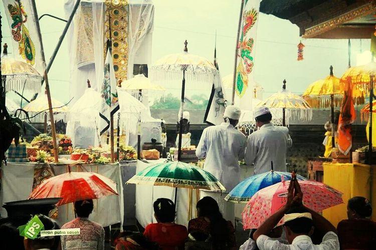 pujawali ceremony Ceremony West Lombok Imranputrasasakgalery Culture