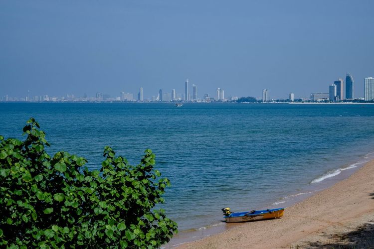 It's good weather today.. Sky Sea Nature Water Beach