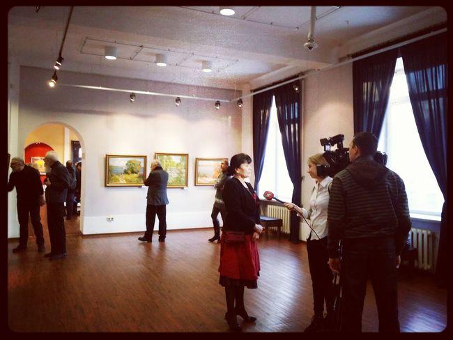 открытие групповой художественной выставки «ВСЯ «ДУСЯ»! Indoors  Men People Standing