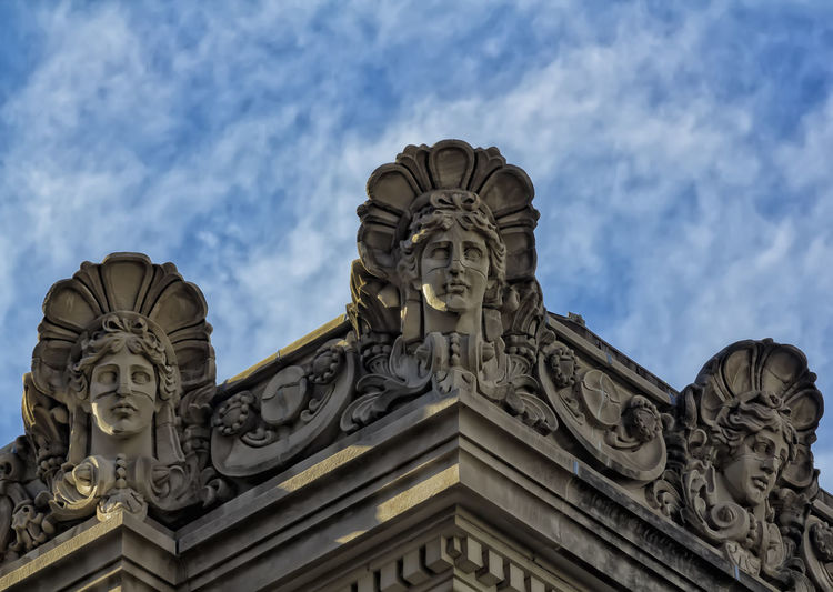 detail Metropolitan Museum of Art NYC Architectural Decorations Architectural Detail Cloud - Sky Detail Metropolitan Museum Of Art Landmark Sculpture Statue