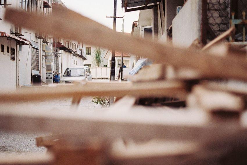 Wood Alleyway Film Photography Pentax K1000 Analogue Photography Kodak 35mm Filmcamera Selective Focus Neighborhood City Dodgy