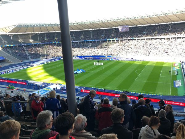 IPhone X Photography IPhone X Olympiastadion Berlin Hertha BSC Crowd Group Of People Large Group Of People Sport Spectator Stadium Real People Team Sport Soccer Audience Event Lighting Equipment Playing Field Athlete Leisure Activity Competition Watching Looking Men Excitement