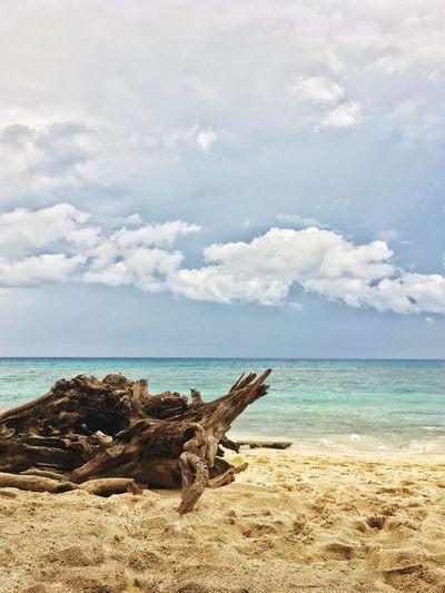 Lonely Shore🏝 EyeEmNewHere Tourism Travel Mindanao Philippines Sky Sea Water Beach Tranquility Nature EyeEmNewHere