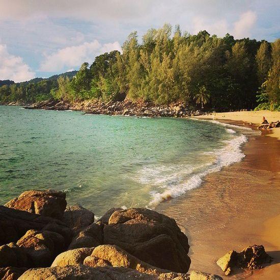 หาดนี้คนน้อย สงบดีครับ หาดกล้วย Bananabeach Phuket Thailand