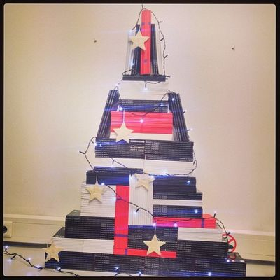New Year Tree made of Books . -Hey Jonny, be smart and make your own book-tree