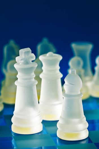 high rank meeting Chess Piece Chess Chess Board Queen - Chess Piece Competition Knight - Chess Piece Strategy Close-up King - Chess Piece Board Game Piece Pawn - Chess Piece Game Of Chance Game Chance Serving Size Still Life Macaroon Leisure Games Battle