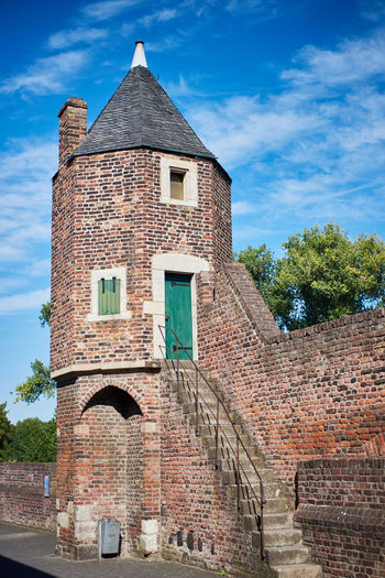 ZONS, GERMANY - SEPTEMBER 25, 2016: A Watchtower shows the medieval Architecture Alley Blue Sky Castle Castles Colorful Germany Hisotric Love Medieval Medieval Architecture MedievalTown Pitoresk Rhein Rhine Tourism Touristic Travel Destination Vivid Zons