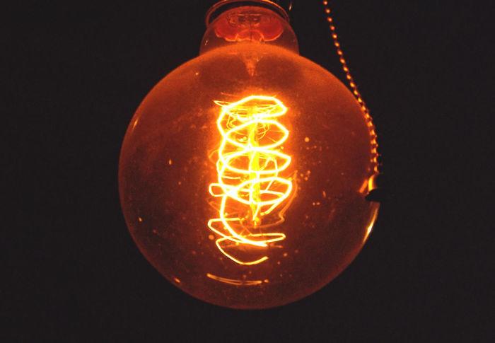 Bulb Bulb Light Lamp Spotlight Foco Bombilla Luz Light Electricity  Electric Light Electric Lamp Electric Electricidad Filamento Filament Filament Bulb Filament Light Filament Lights Orange Glass Vidrio TakeoverContrast Paint The Town Yellow