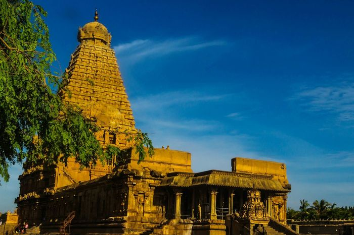 EyeEm Selects Ancient Architecture History Sky Travel Old Ruin Exposureshots Ancient Civilization Religion Travel Destinations Chola Architect Beauty Is Everywhere  Templephotography South Indian Temple Architecture EyeEm Gallery Eyeem Market Eyeem Temple Tanjore_big_temple