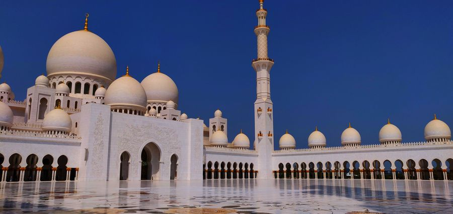 Abu Dhabi Hot Day Sheikh Zayed Grand Mosque Travel Travel Photography Arab Arch Architecture Building Exterior Built Structure Culture And Tradition Cultures Dome Grandiose Luxury Nature Place Of Worship Religion Sky Travel Destinations White Wonderful Place