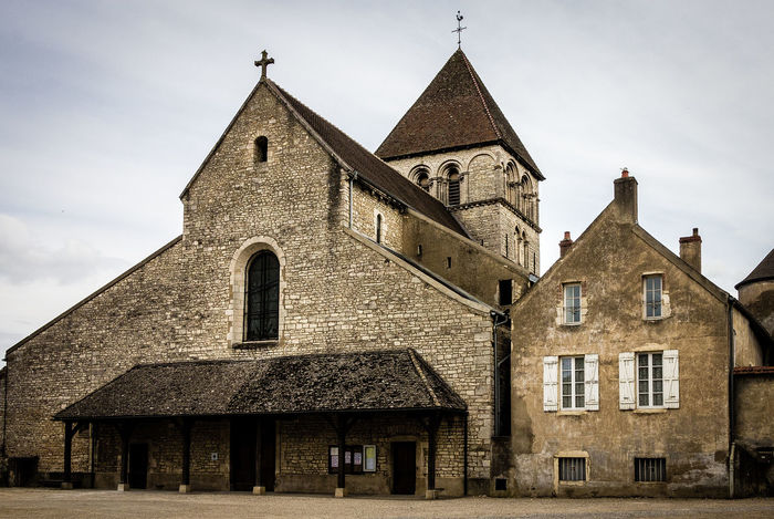 Church in an empty square Burgundy-Saone France France🇫🇷 Architecture Bell Tower Building Exterior Built Structure Day Façade History Low Angle View No People Old Church Outdoors Place Of Worship Religion Sky Spirituality Village Window