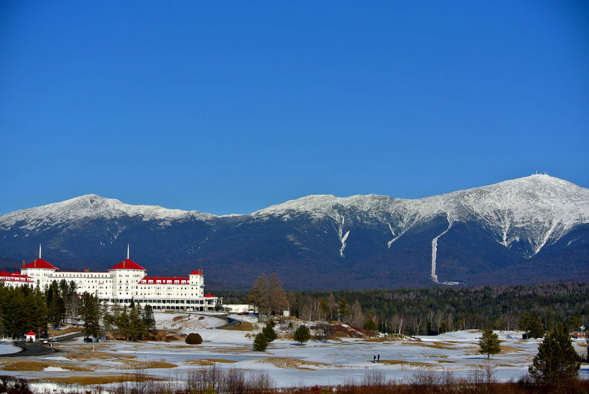 Mount Washington  Architecture Beauty In Nature Blue Building Exterior Built Structure Clear Sky Cold Temperature Copy Space Day Lake Mountain Mountain Range Nature No People Outdoors Scenics Sky Snow Snowcapped Mountain Tranquil Scene Tranquility Tree Water Winter