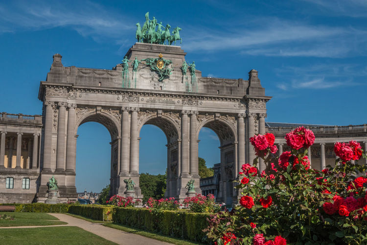 Arch Cinquantinaire in Brussels Belgique Belgium Brussels Cinquantenaire Park Brussels Arch Architecture Brussels Belgium Bruxxels Building Exterior Built Structure Cinquantenaire City Cloud - Sky Day Flower Flowering Plant History Low Angle View Monument Nature No People Outdoors Plant Sky The Past Tourism Travel Travel Destinations